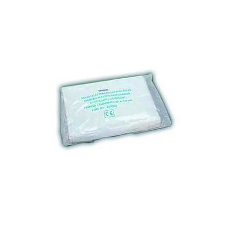 Pack of 100 plastic aprons