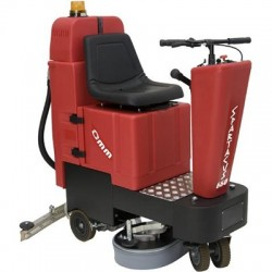 OMM SPARTACUS-660 battery-powered ride on scrubber-dryer