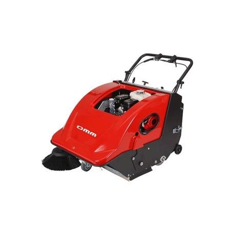 OMM 700-ST sweeper with Honda motor