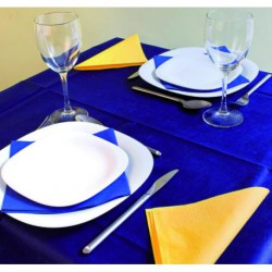 Pre-cut non-woven tablecloths
