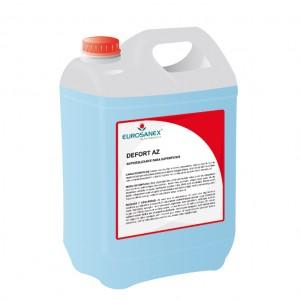 Impide los resbalones con el antideslizante para superficies DEFORT AZ