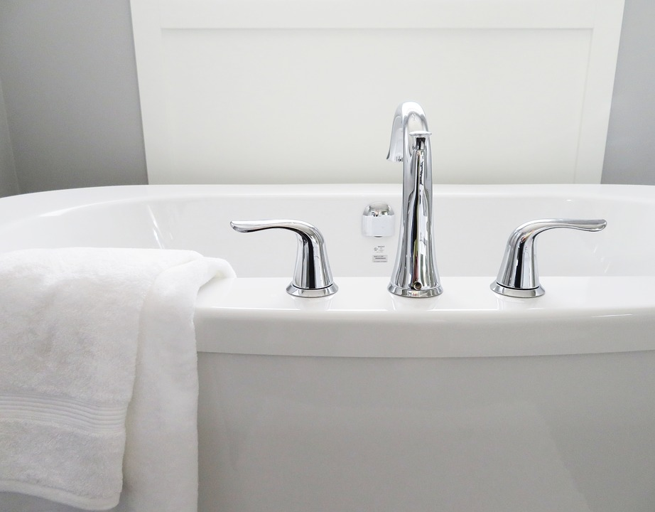 ¿Cómo eliminar el moho de la bañera de manera fácil? 1