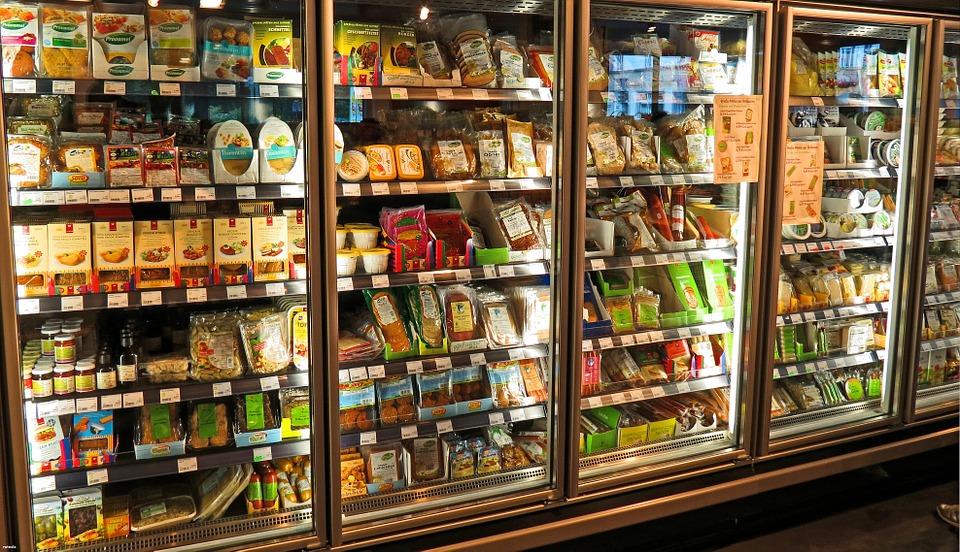 Consejos para limpiar los armarios refrigerados de tu negocio 0