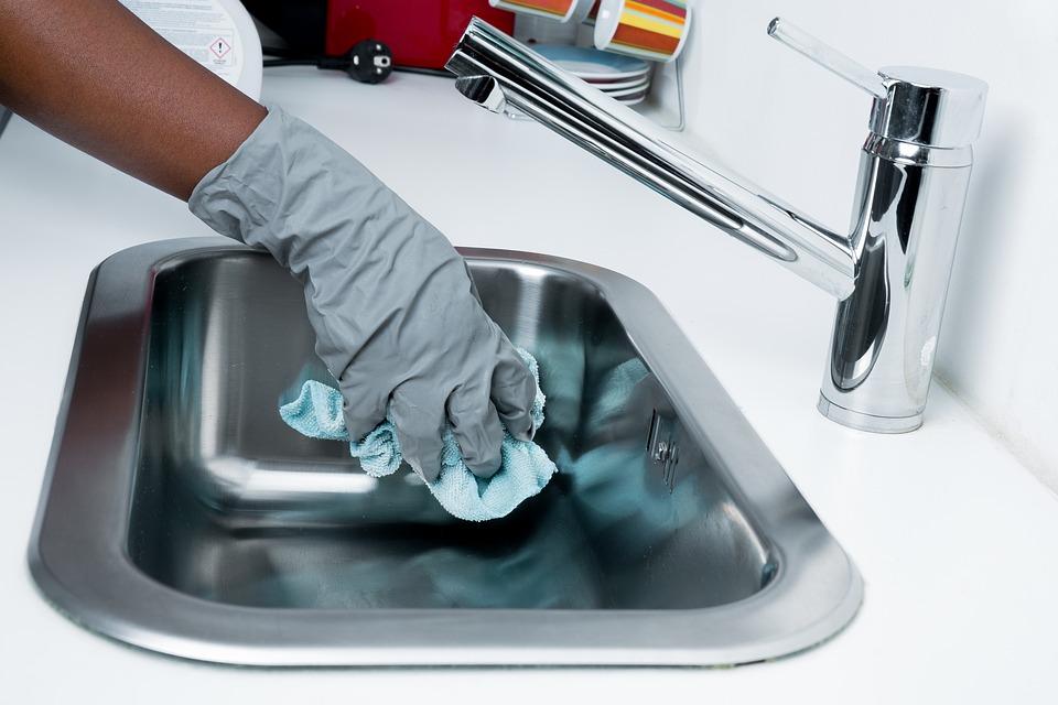 Pasos que debes seguir para limpiar el baño de tu restaurante 1