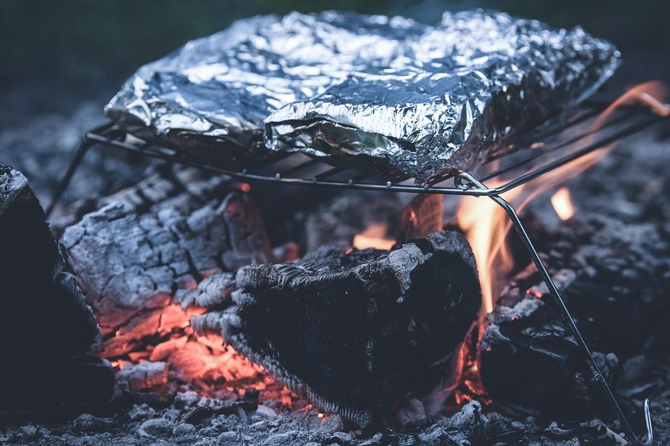 ¿Usar film autoadherente o papel de aluminio en la cocina profesional? 1
