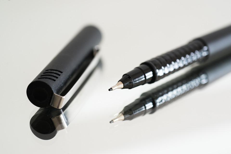 Dos productos imprescindibles para limpiar manchas de tinta