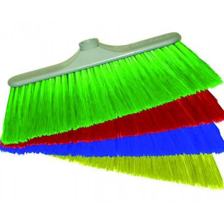 Tipos de escoba y cepillos muy útiles en la limpieza profesional.