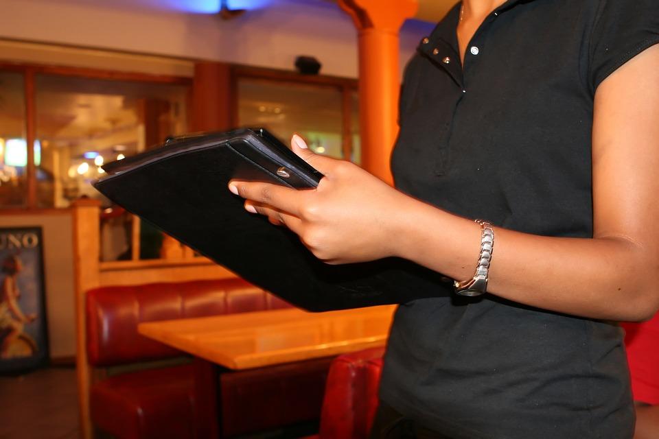 Uso de tablets en el restaurante: consideraciones sobre su higiene 0