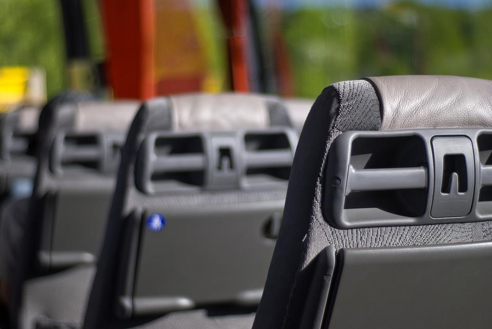 Aspectos básicos para la limpieza interior de un autobús.