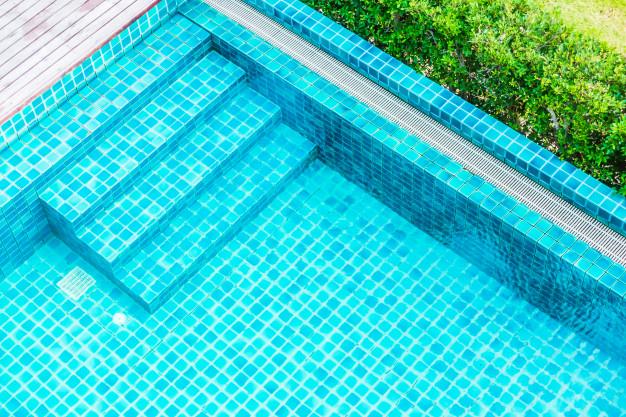 ¿Cómo es el Cloro para piscinas Triple Acción?