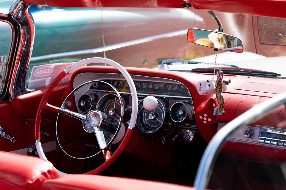 Tres productos que te ayudan a mantener el coche limpio por dentro